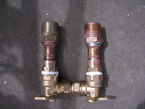 Bar shower valve stud 01.jpg