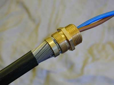 terminating swa diywiki rh wiki diyfaq org uk wiring armoured cable to garage wiring armoured cable gland