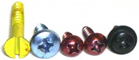 Coloured screws 2958-3.jpg