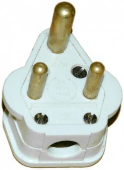 BS-546-3-pin-plugs-4.jpg