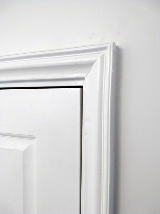CustomDoorArchitrave2.jpg